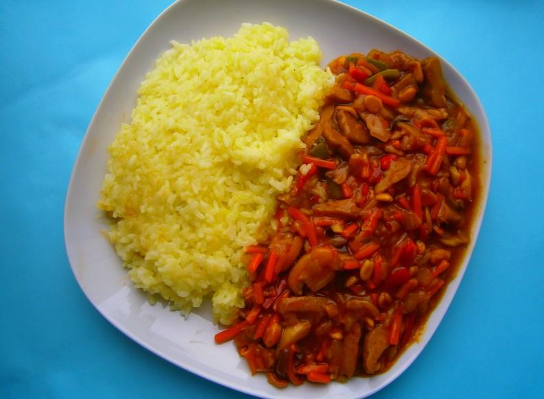 Seitanové nudličky s rýží