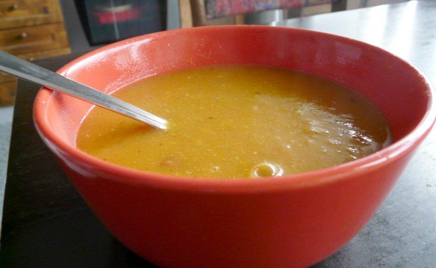 Batáto-hrušková polévka