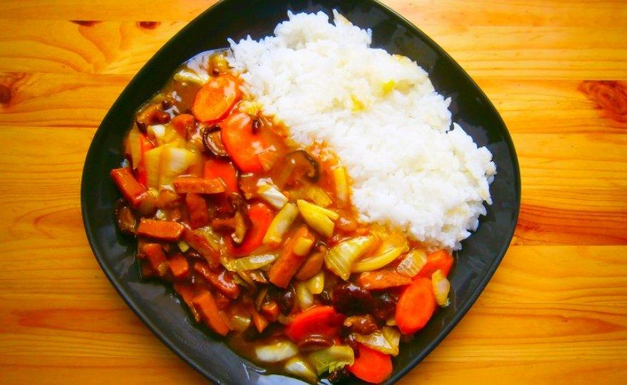 Robi čína s jasmínovou rýží