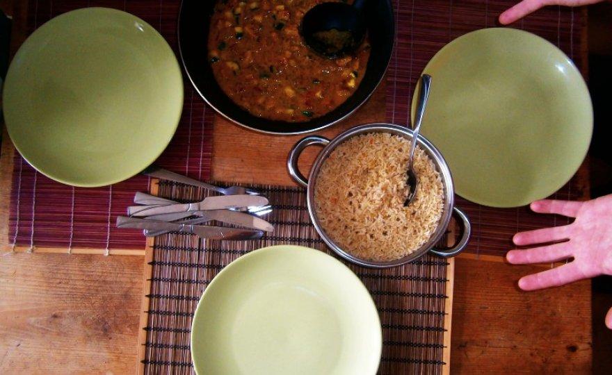 Thajské vegan curry se sojovými kostkami