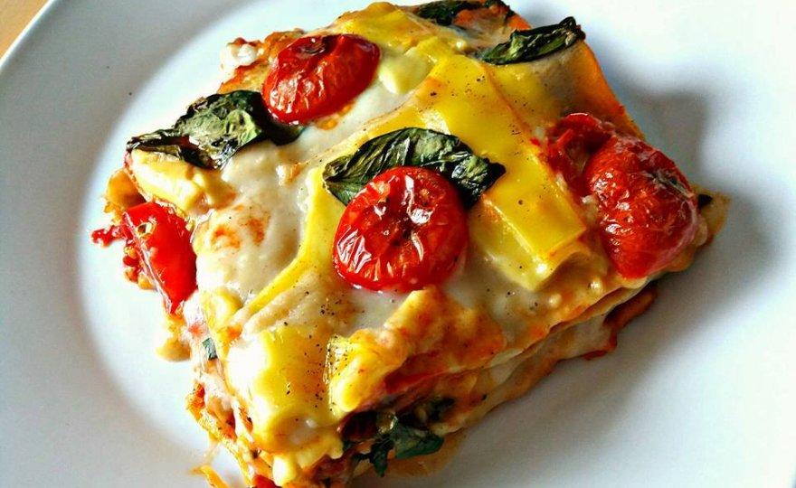 Veganské lasagne s boloňskou omáčkou z červené čočky