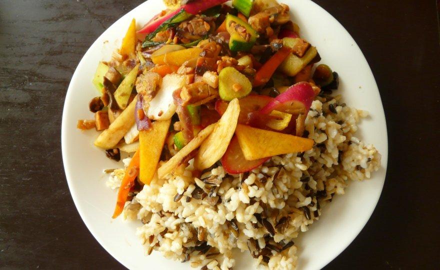 Zeleninový wok s citrónovou příchutí